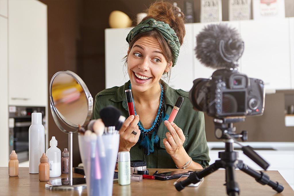 girl doing makeup training video
